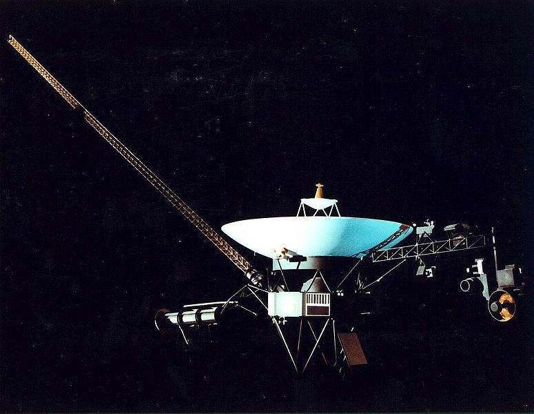 Voyager 1 power source