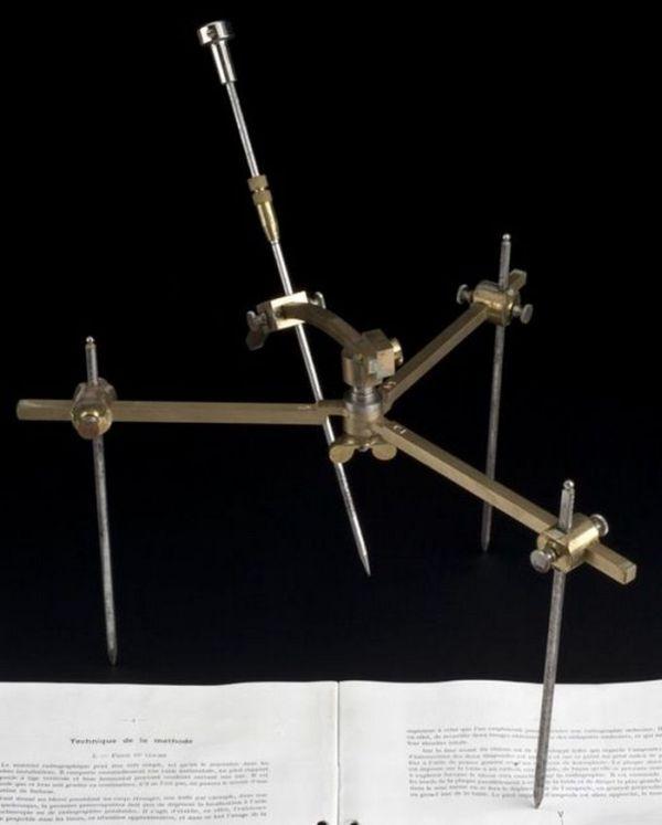 Хирургические инструменты пару веков назад